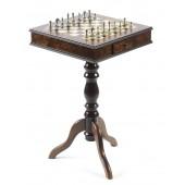 Florentine Staunton Chessmen & Roma Table