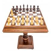 Deluxe Staunton Chessmen & MarbleTable